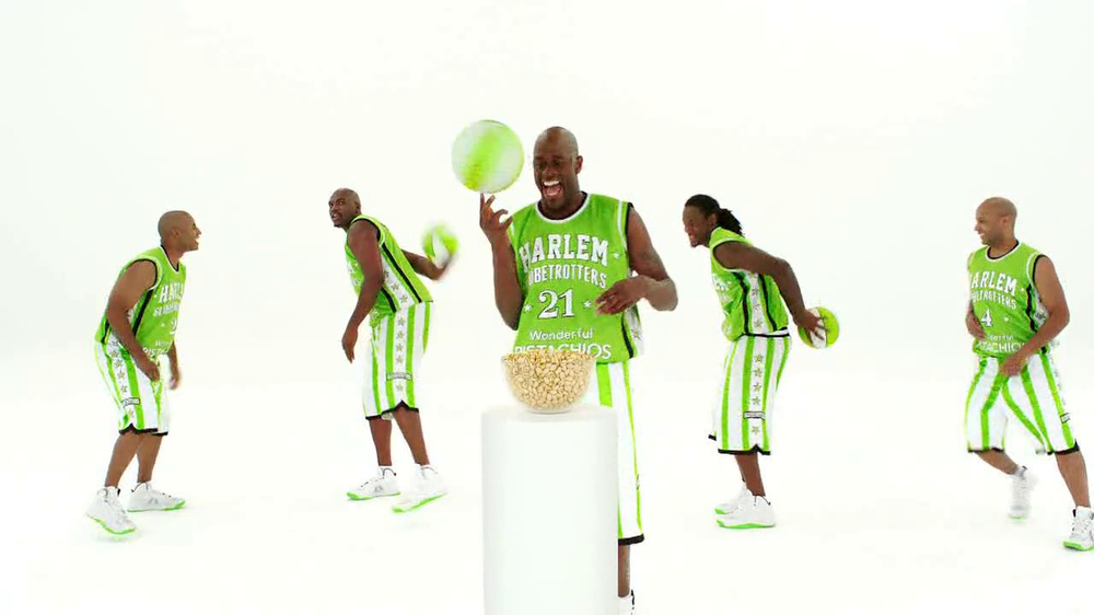 Wonderful Pistachios TV Spot Featuring The Harlem Globe Trotters - Screenshot 4