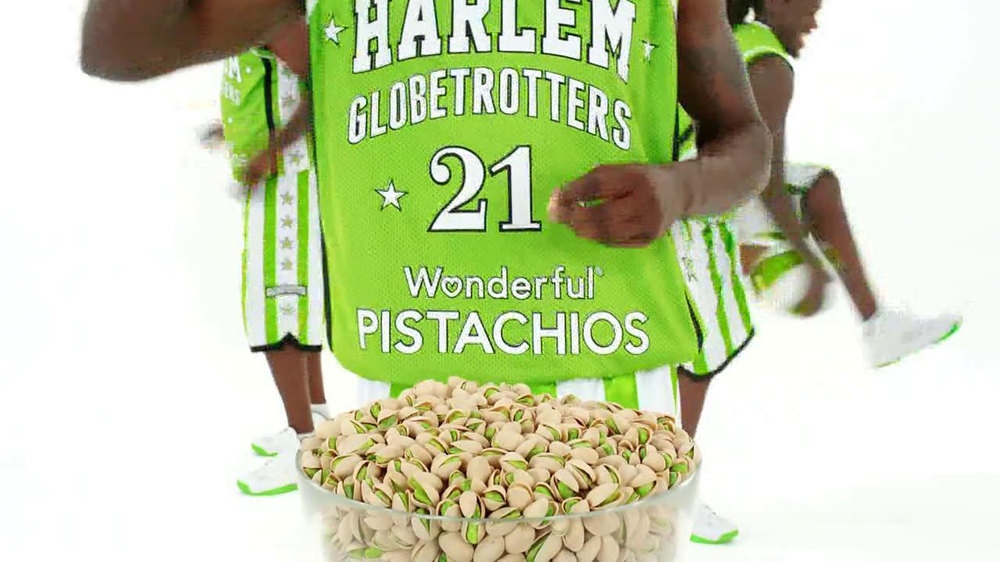 Wonderful Pistachios TV Spot Featuring The Harlem Globe Trotters - Screenshot 5