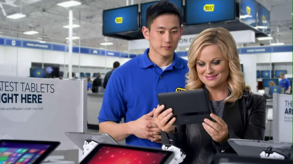 Best Buy 2013 Super Bowl TV Spot, 'Asking Amy' Featuring Amy Poehler - Screenshot 9