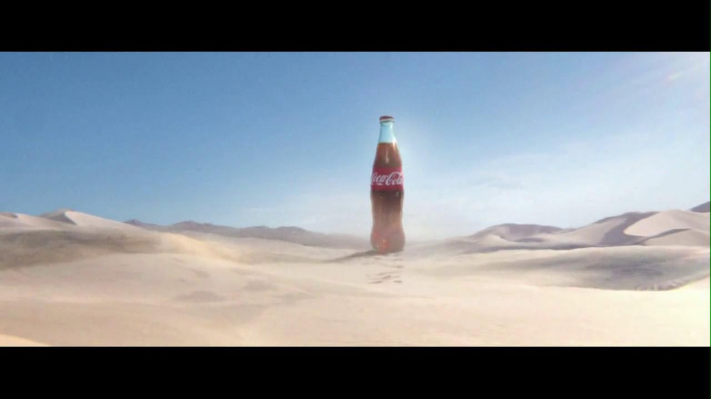 Coca-Cola 2013 Super Bowl TV Spot, 'The Chase' - Screenshot 1