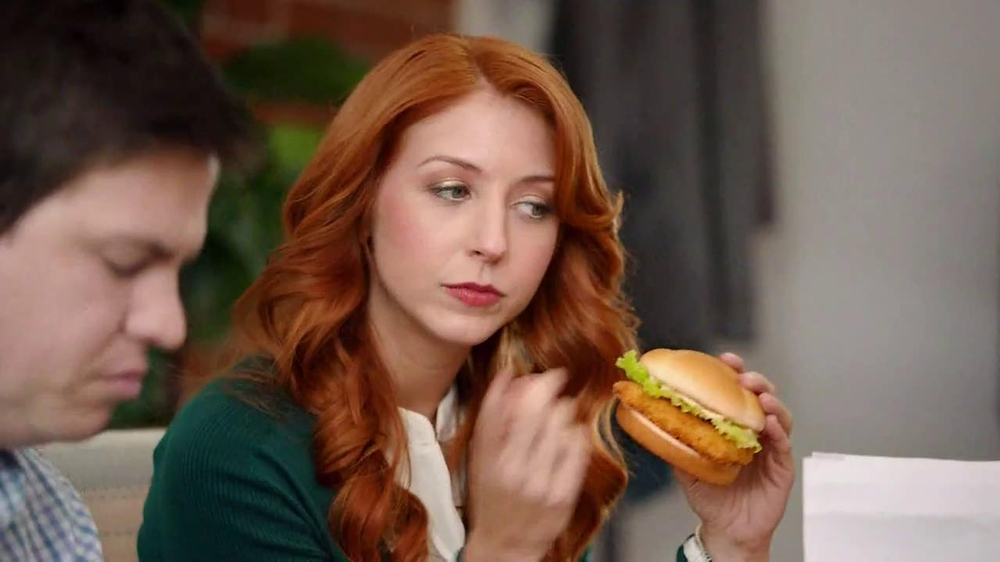 Wendy 39 s premium cod sandwich tv commercial 39 i bet i know for Does wendy s have a fish sandwich