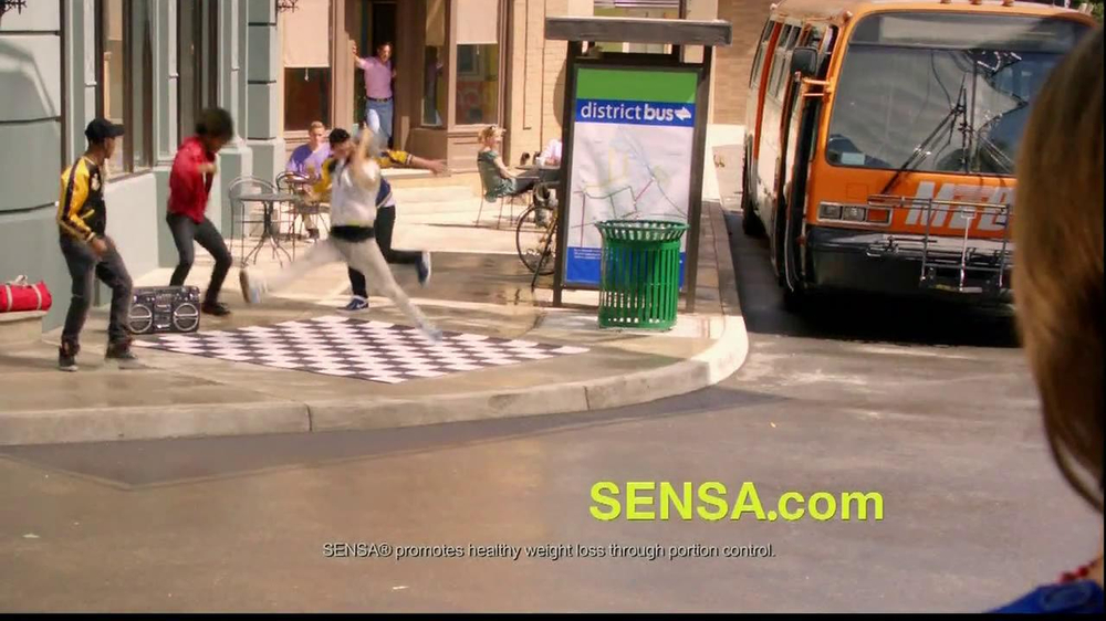 Sensa TV Spot, 'Shake Your Sensa' - Screenshot 4