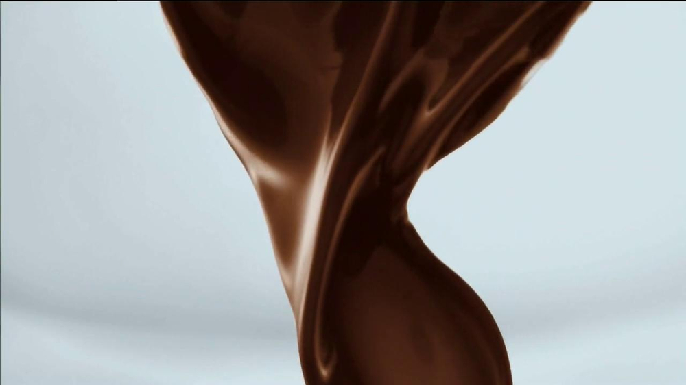 Fiber One Chocolate Cereal TV Spot, 'Wake up with Chocolate' - Screenshot 3