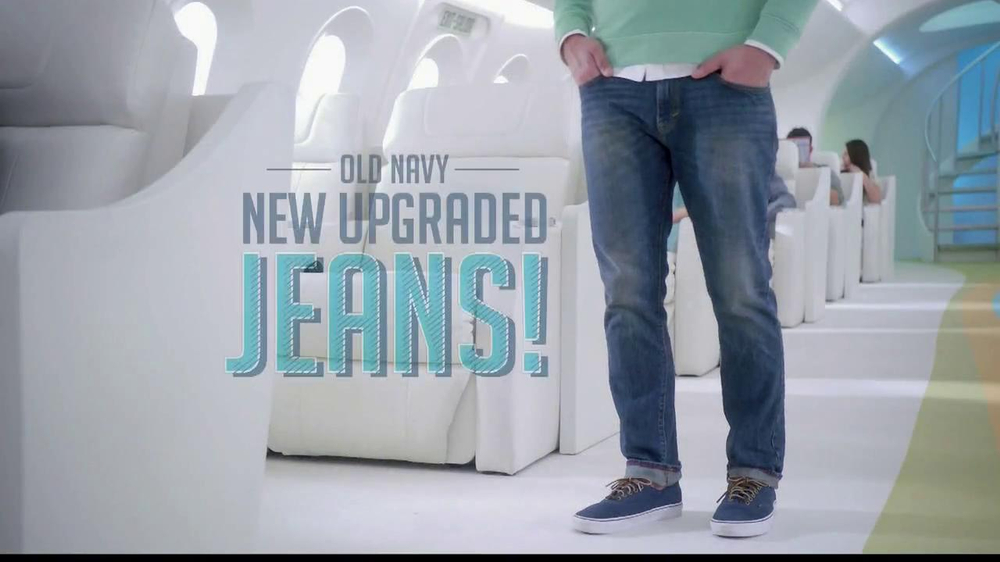 Old Navy TV Spot, 'Airplane Jean Sale' Featuring Julie Hagerty - Screenshot 2