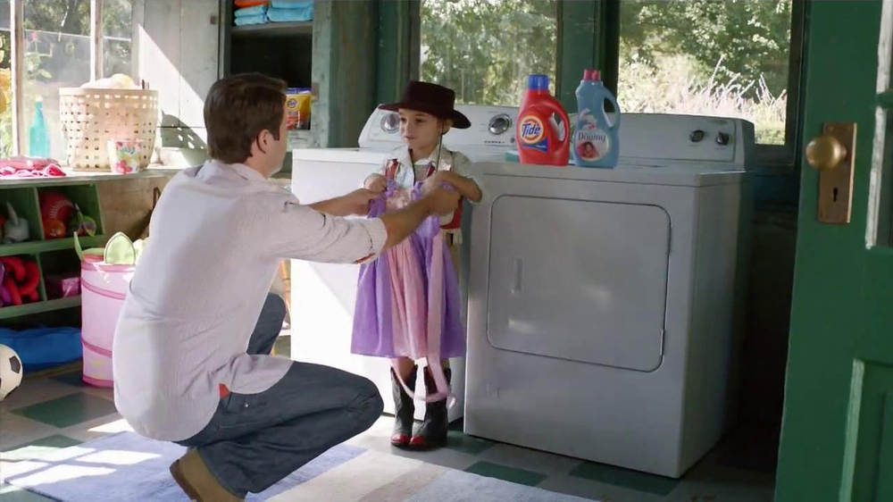 Tide+Downy TV Spot, 'Princess Dress'  - Screenshot 9