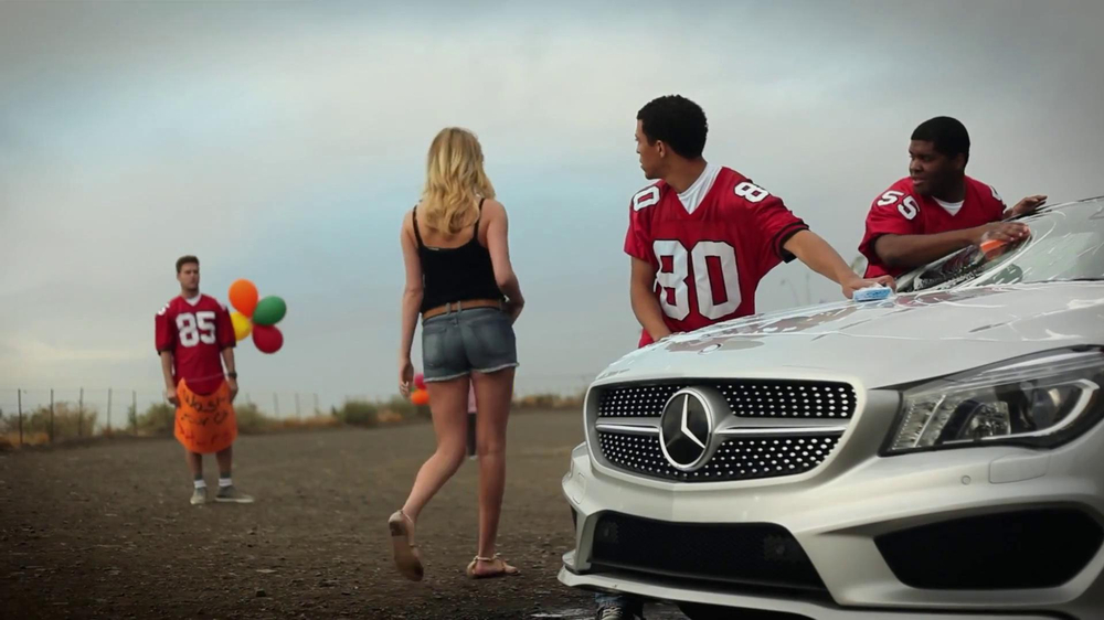 Mercedes-Benz Extended Super Bowl 2013 TV Spot, 'Car Wash' Feat. Kate Upton - Screenshot 9