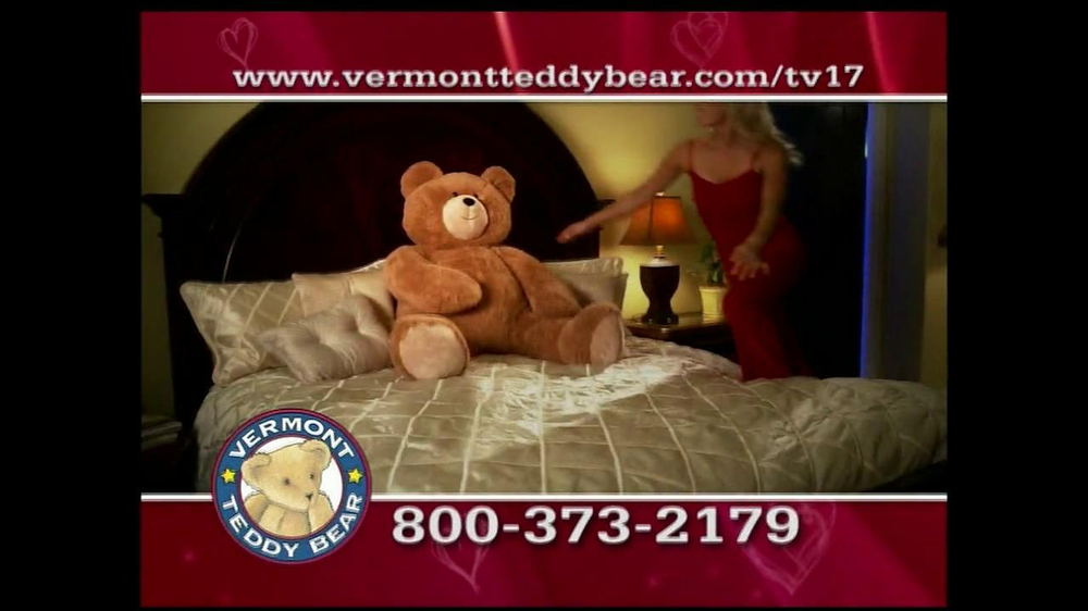 Vermont Teddy Bear TV Spot, 'Valentine's Day' - Screenshot 7