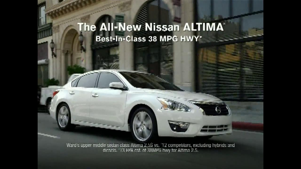 2013 Nissan Altima TV Spot, 'Hot' Song by J.J. Fad - Screenshot 8
