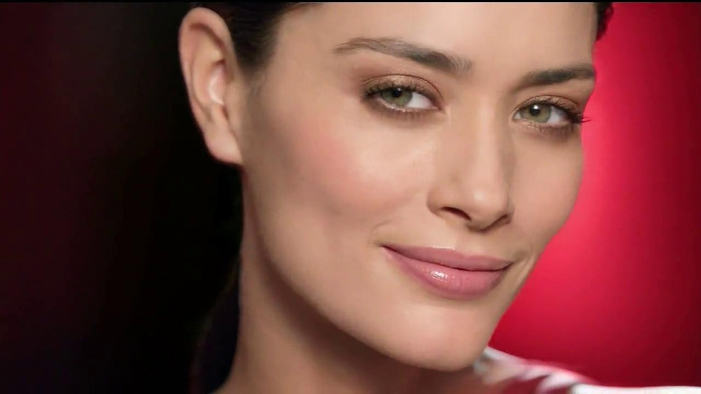Olay Regenerist Micro-Sculpting Cream TV Spot, 'Growing Older' - Screenshot 7