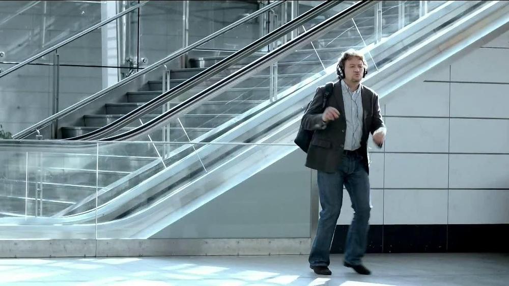 Align Probiotics TV Spot, 'Digestive Balance' - Screenshot 4