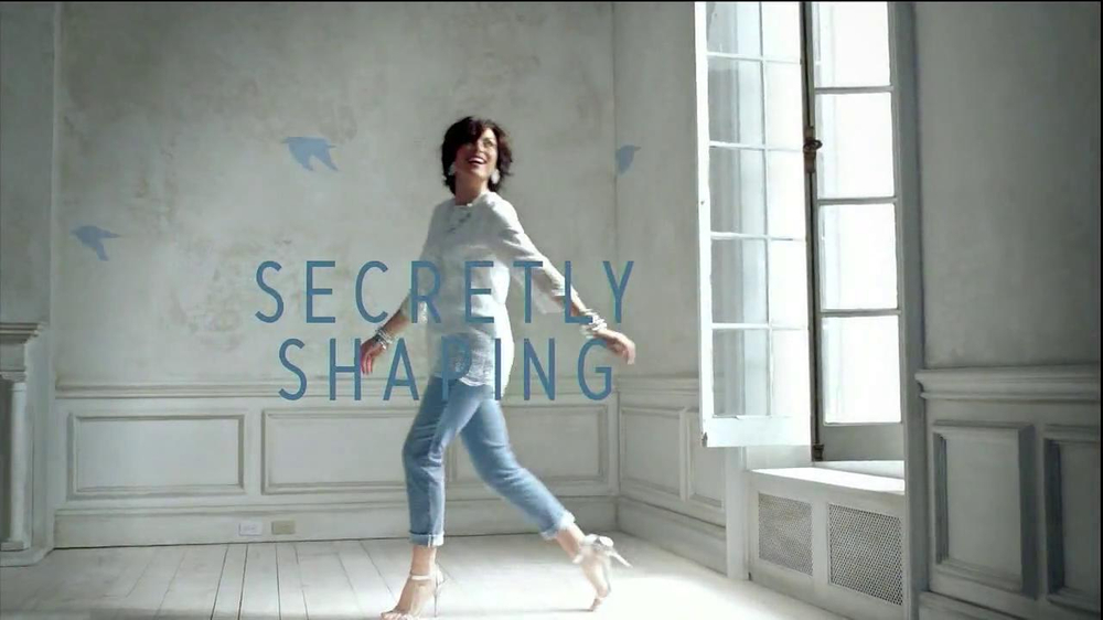 Chico's So Slimming Pants TV Spot, 'Fashion Secret' - Screenshot 6
