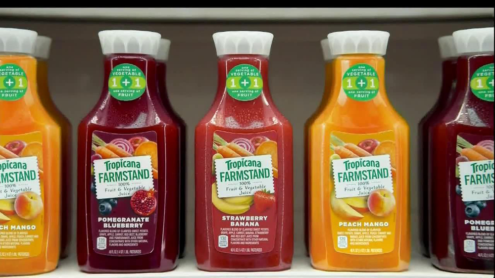 Tropicana Farmstand TV Spot, 'Grocery Store Dance' Song by Passion Pit - Screenshot 5