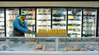 Tropicana Farmstand TV Spot, 'Grocery Store Dance' Song by Passion Pit - Thumbnail 2