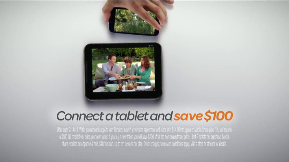 AT&T Mobile Share TV Spot, 'Share On All Devices' - Screenshot 9
