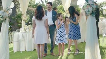 Old Navy TV Spot, 'La Invitada Mejor Vestida' Con Judy Reyes [Spanish]