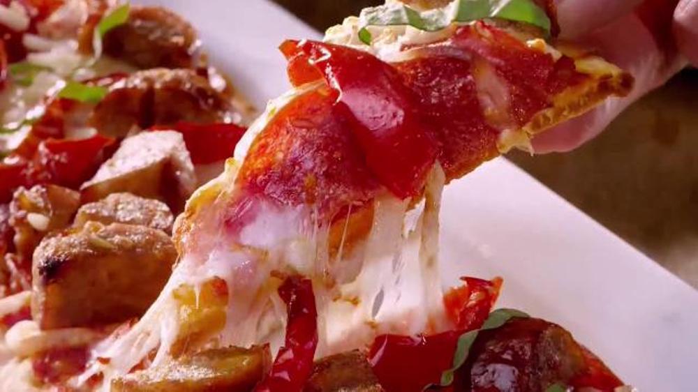 Olive Garden Unlimited Soup Salad Breadsticks Tv Spot 39 Never Too Much 39 Screenshot 3