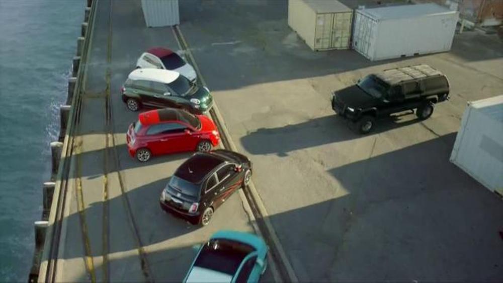 FIAT 500 TV Spot, 'Not Alone'