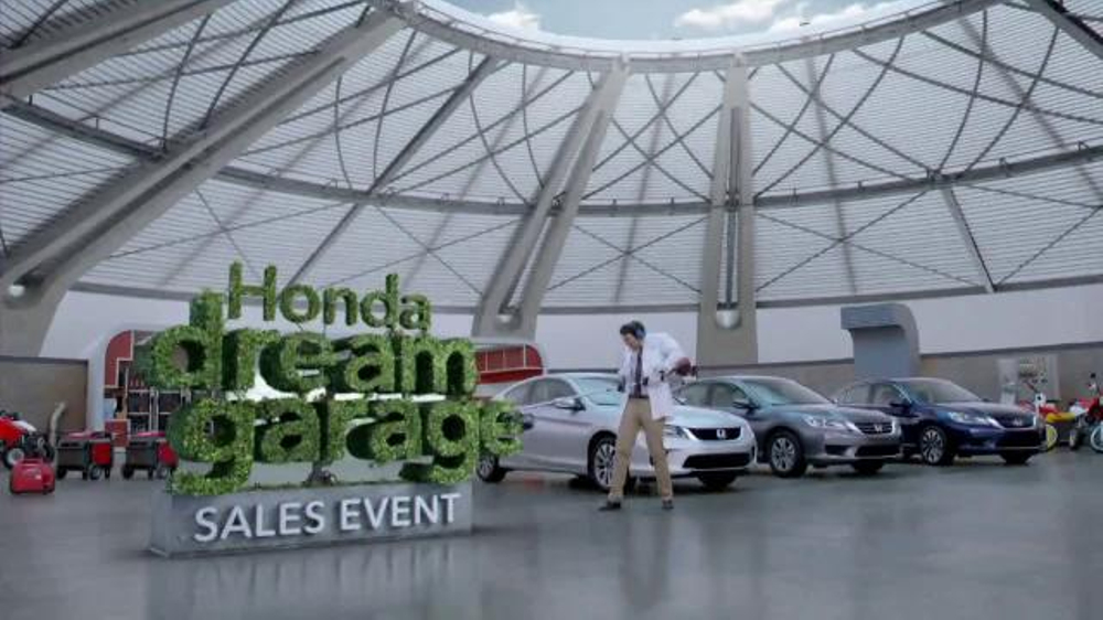 Honda Dream Garage Sales Event: 2015 Honda Accord LX TV Spot, 'Trimmers' thumbnail