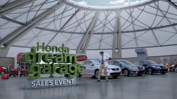 Honda Dream Garage Sales Event: 2015 Honda Accord LX TV Spot, 'Trimmers' thumbnail