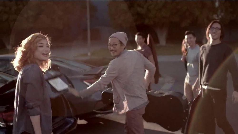 Honda Civic Coupe TV Spot, 'Today is Pretty Great' Song by Vintage Trouble - Screenshot 8