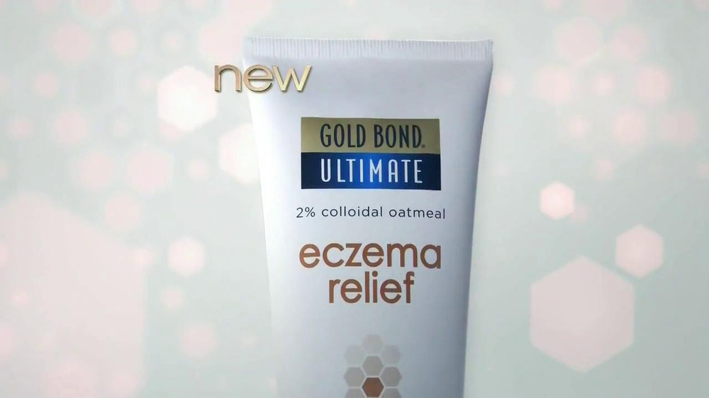 Gold Bond Eczema Relief TV Spot, 'Itching & Scratching' - Screenshot 5