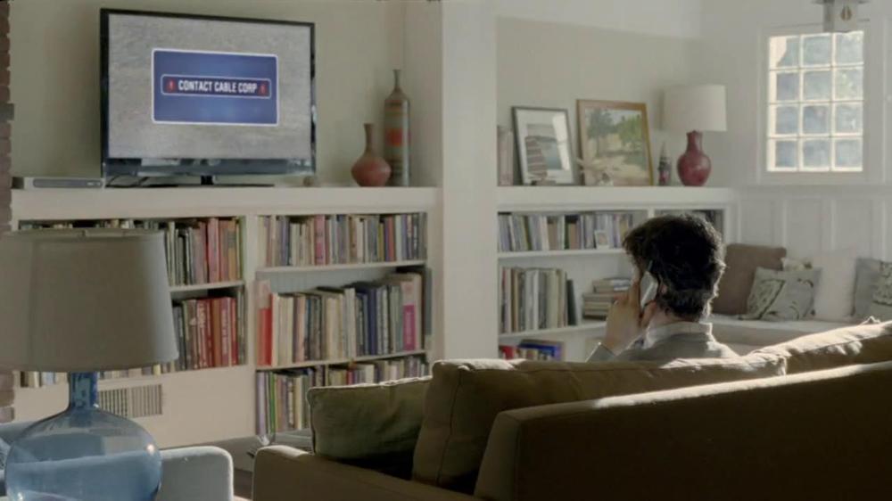 DirecTV TV Spot, 'Hang Gliding' - Screenshot 1