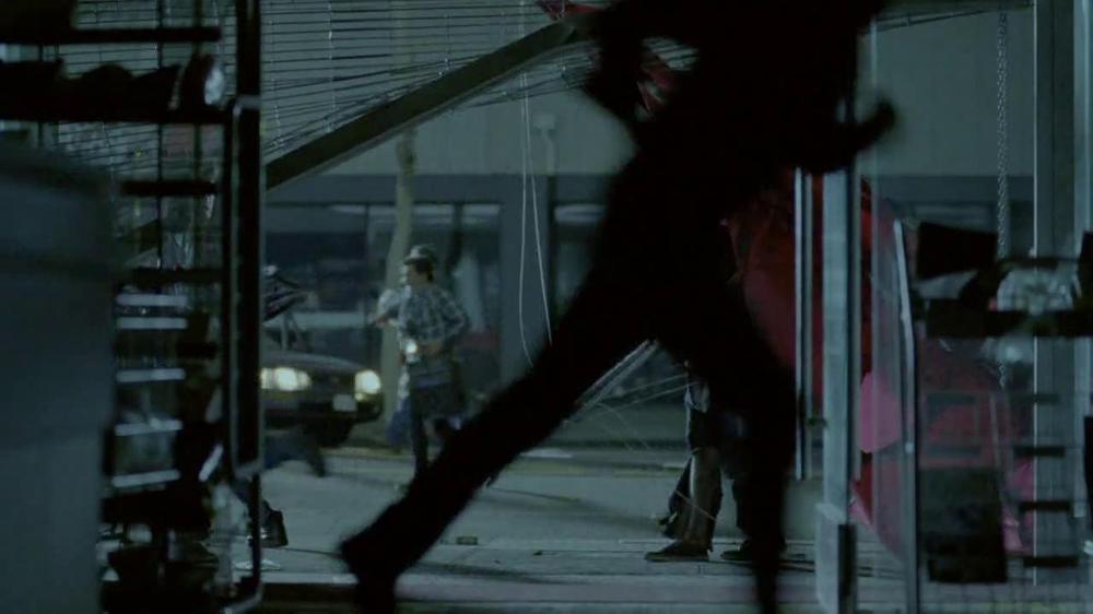 DirecTV TV Spot, 'Hang Gliding' - Screenshot 10