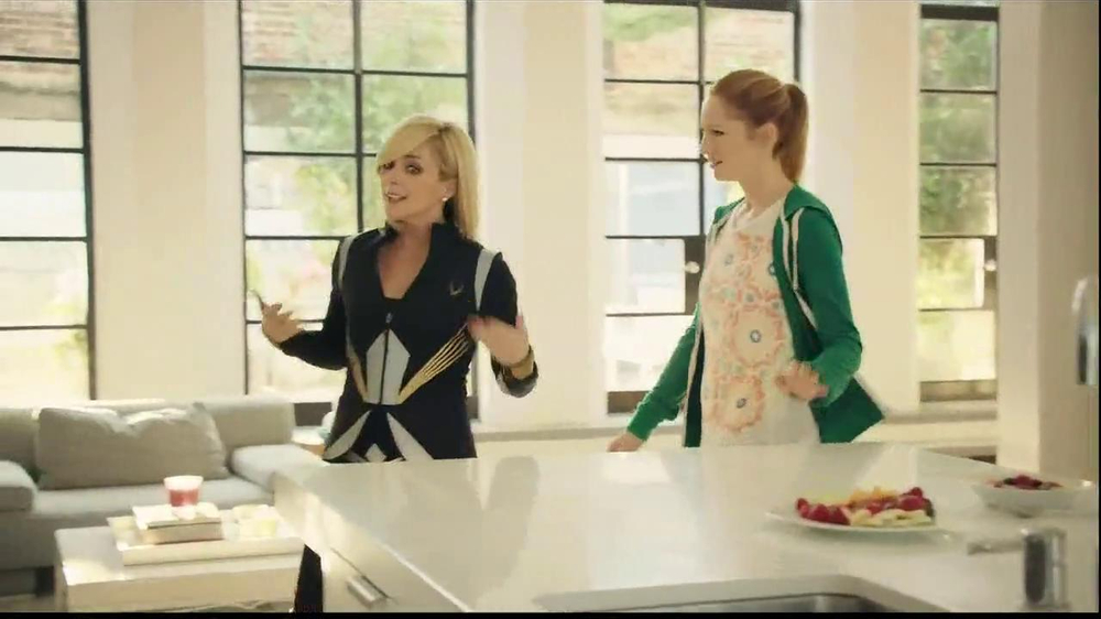 Tropicana Trop50 TV Spot, 'Sisters' Feat. Jane Krakowski, Judy Greer - Screenshot 2