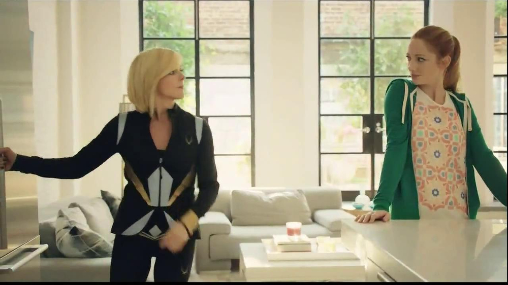 Tropicana Trop50 TV Spot, 'Sisters' Feat. Jane Krakowski, Judy Greer - Screenshot 3