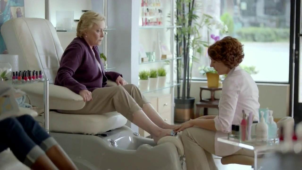 Walgreens TV Spot, 'Pedicure' - Screenshot 5