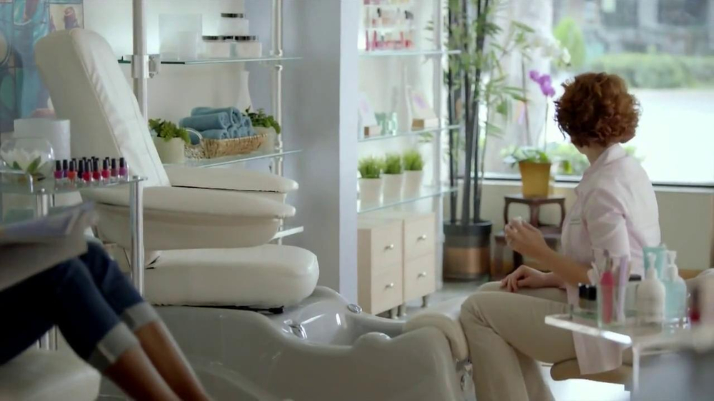 Walgreens TV Spot, 'Pedicure' - Screenshot 7