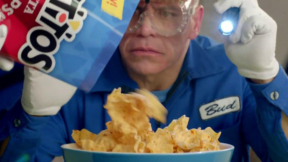 Tostitos Fajita Scoops TV Spot, 'Speaker Dancer' - Screenshot 7