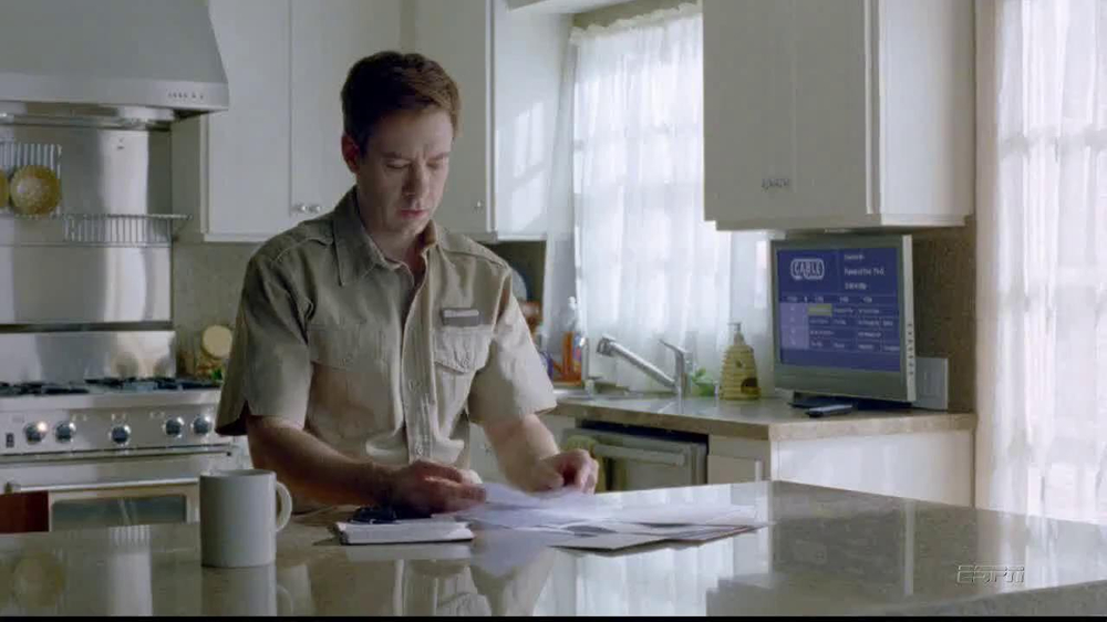 DirecTV TV Spot, 'Jimbo Escapes' - Screenshot 1