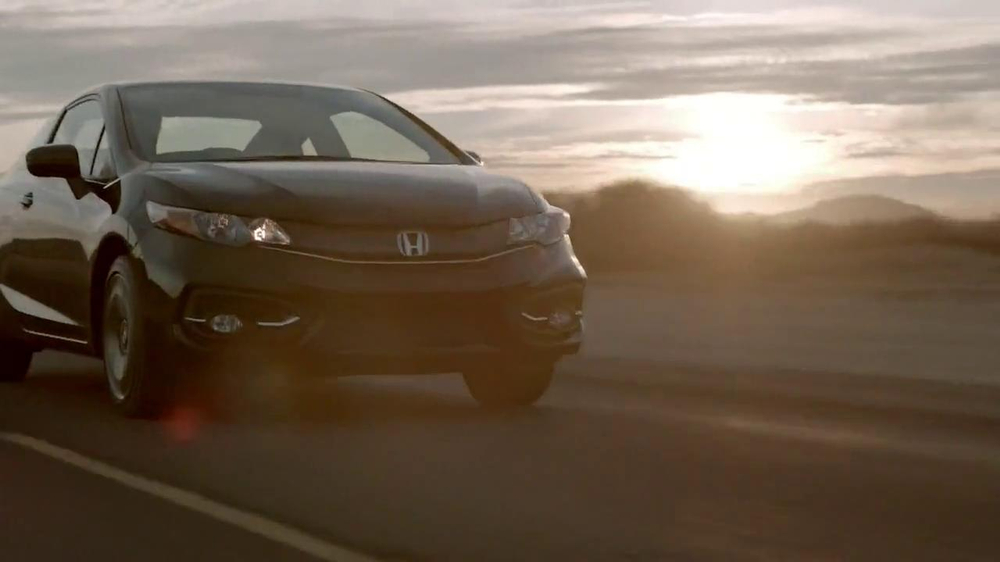 2014 Honda Civic TV Spot, 'Today is Pretty Great' Song by Vintage Trouble - Screenshot 3