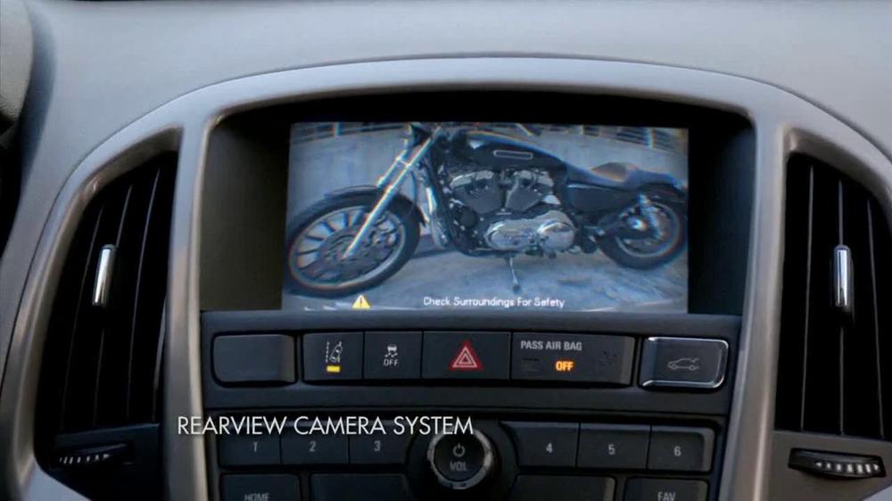 2014 Buick Verano TV Spot, 'Music' Featuring Peyton Manning - Screenshot 5