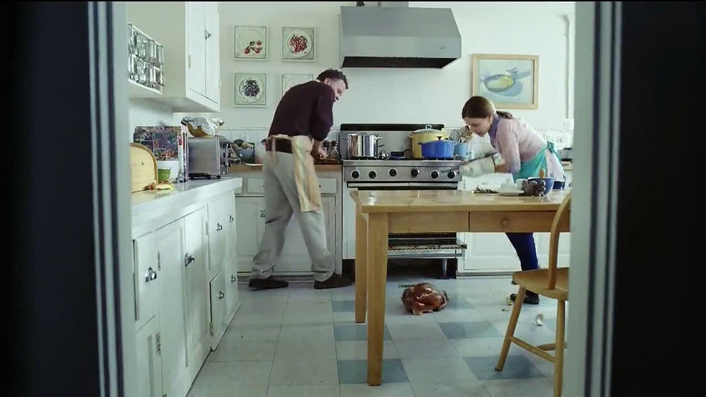 Oscar Mayer Carving Board Turkey Breast TV Spot, 'Giving Thanks' - Screenshot 7