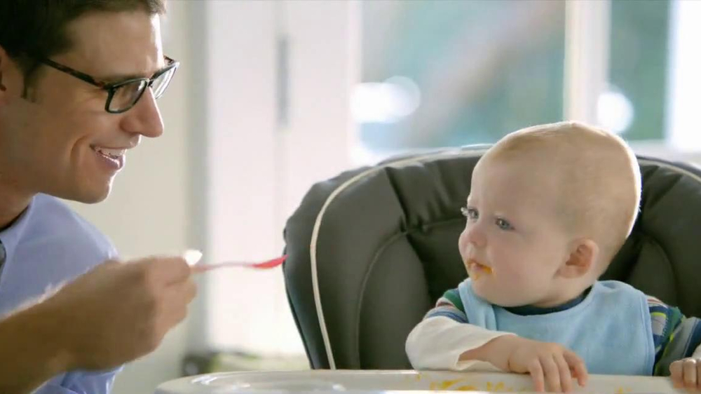 Buick Regal GS TV Spot, 'Feeding TIme' - Screenshot 7