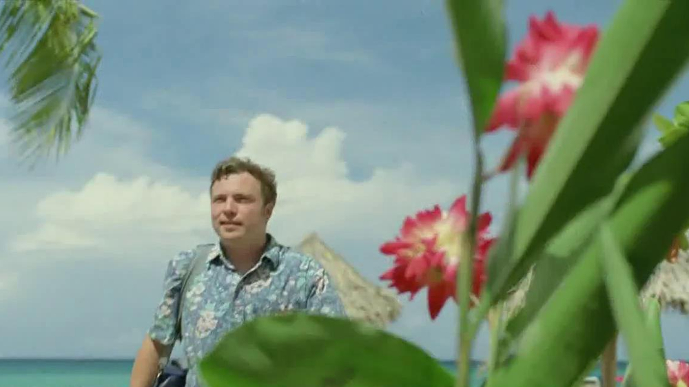 DirecTV TV Spot, 'Don't Become a Local Fisherman' - Screenshot 4