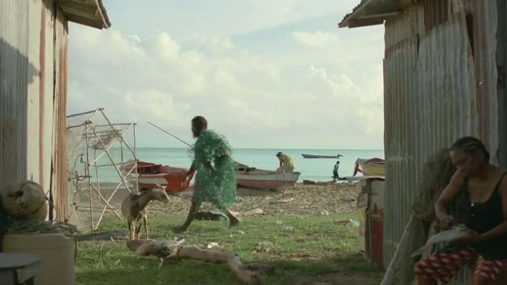 DirecTV TV Spot, 'Don't Become a Local Fisherman' - Screenshot 8