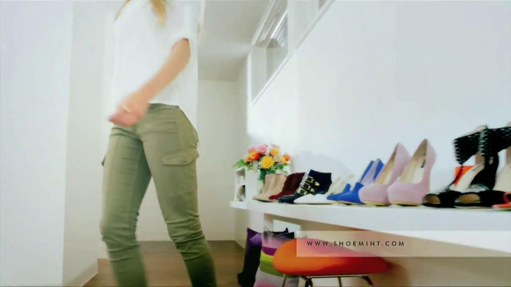 ShoeMint.com TV Spot, 'Shoe Closet' - Screenshot 2