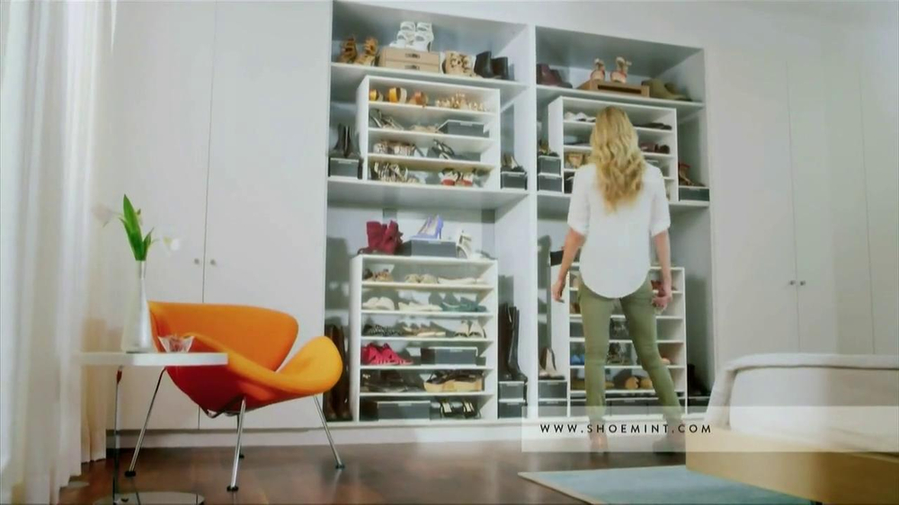 ShoeMint.com TV Spot, 'Shoe Closet' - Screenshot 3