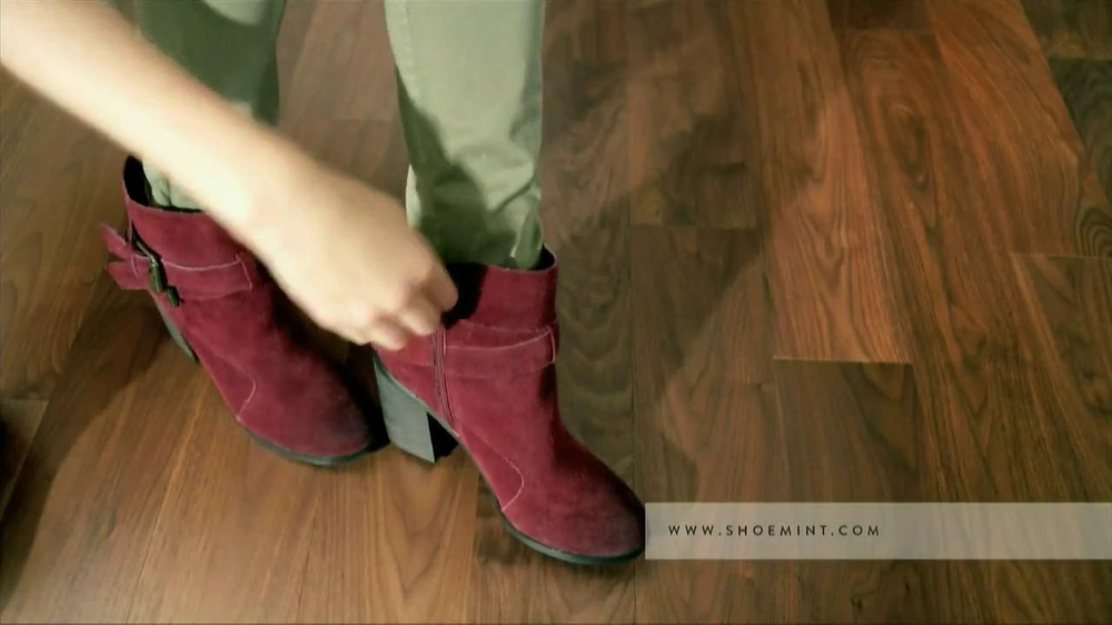 ShoeMint.com TV Spot, 'Shoe Closet' - Screenshot 5