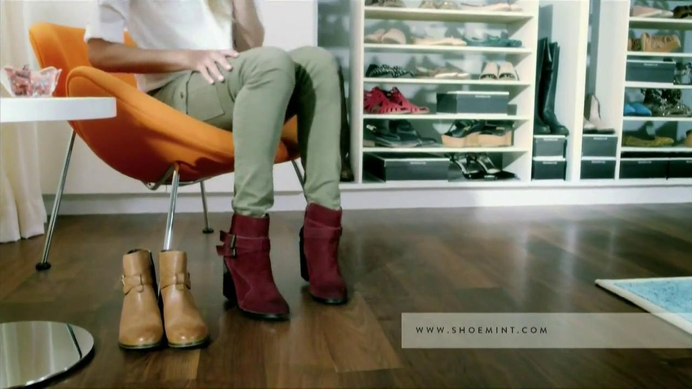 ShoeMint.com TV Spot, 'Shoe Closet' - Screenshot 6