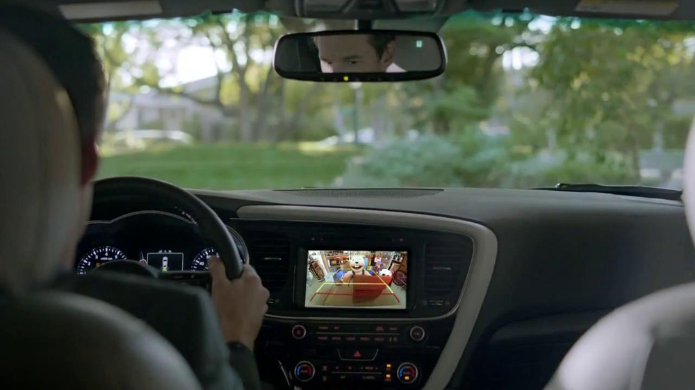 2014 Kia Optima TV Spot, 'Backing In' - Screenshot 6