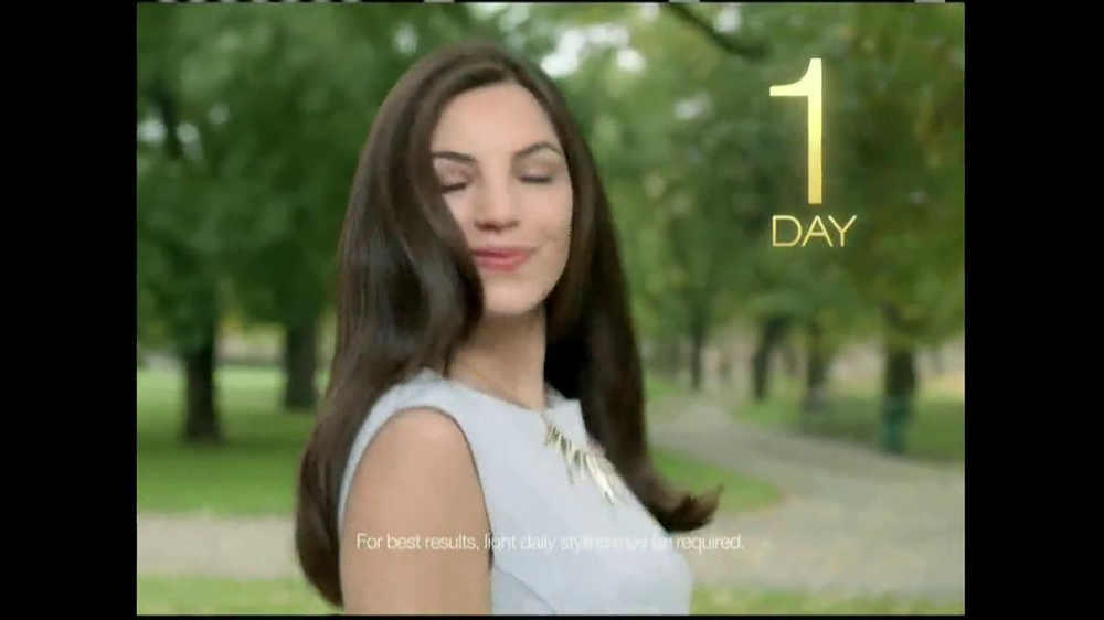 TRESemme Keratin Smooth7 Day Smooth System TV Spot - Screenshot 8Tresemme Keratin Smooth Commercial
