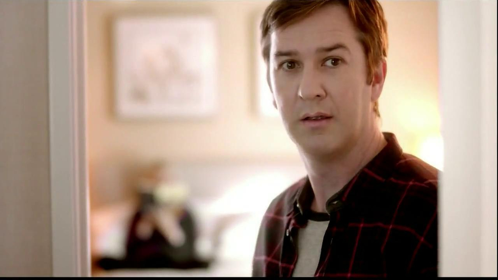 Embassy Suites Hotels TV Spot, 'The Divider' - Screenshot 5