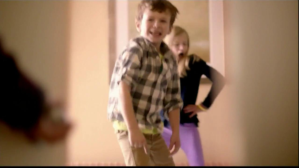 Embassy Suites Hotels TV Spot, 'The Divider' - Screenshot 7
