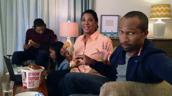 KFC Favorites Bucket TV Spot, 'Family Time' - Thumbnail 1