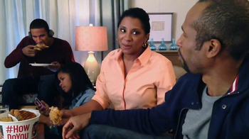 KFC Favorites Bucket TV Spot, 'Family Time' - Thumbnail 8