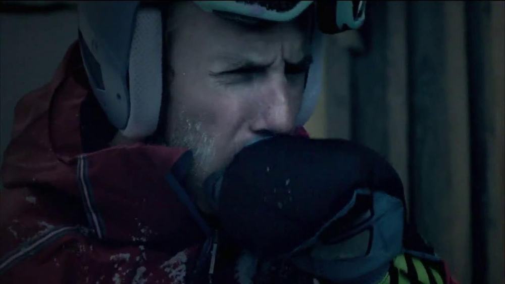 Vicks NyQuil TV Spot Featuring Ted Ligety - Screenshot 4